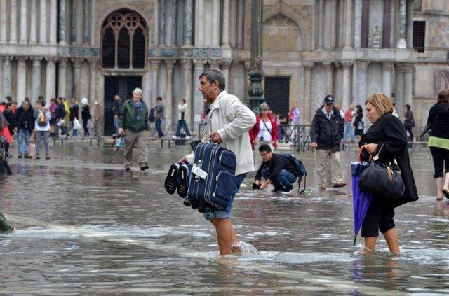 th_73d9f63cbf68d5d7391d41bb4dcbecbf_Italia-inundaciones