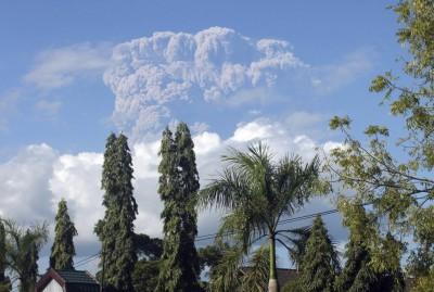 erupcion_volcan_indonesia