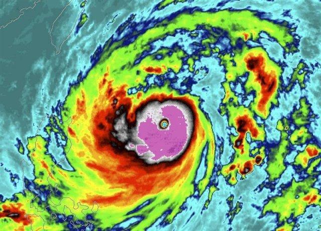 th_73d9f63cbf68d5d7391d41bb4dcbecbf_ciclones-NOAA
