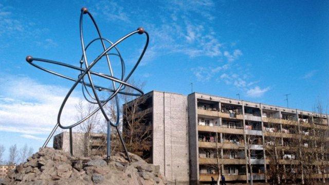 Ubicado al noreste de Kazajistán, este pueblito servía para que la Unión Soviética realizara ensayos nucleares, hasta que una explosión produjo un residuo radiactivo con altísimos niveles de toxicidad.
