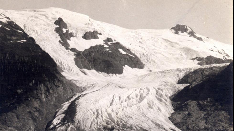 El glaciar de trineos en Alaska el 29 de junio de 1909. (NASA)