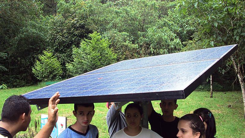 energia_solar_familia